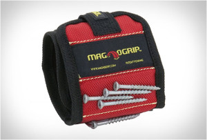 magnogrip-magnetic-wristband-3